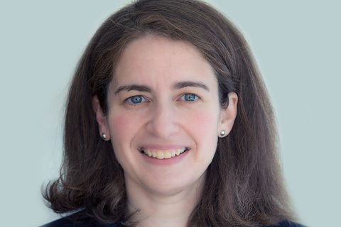 Smiling headshot of Dr. Elizabeth Saunders