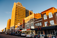image of a street view of downtown Pontiac, MI